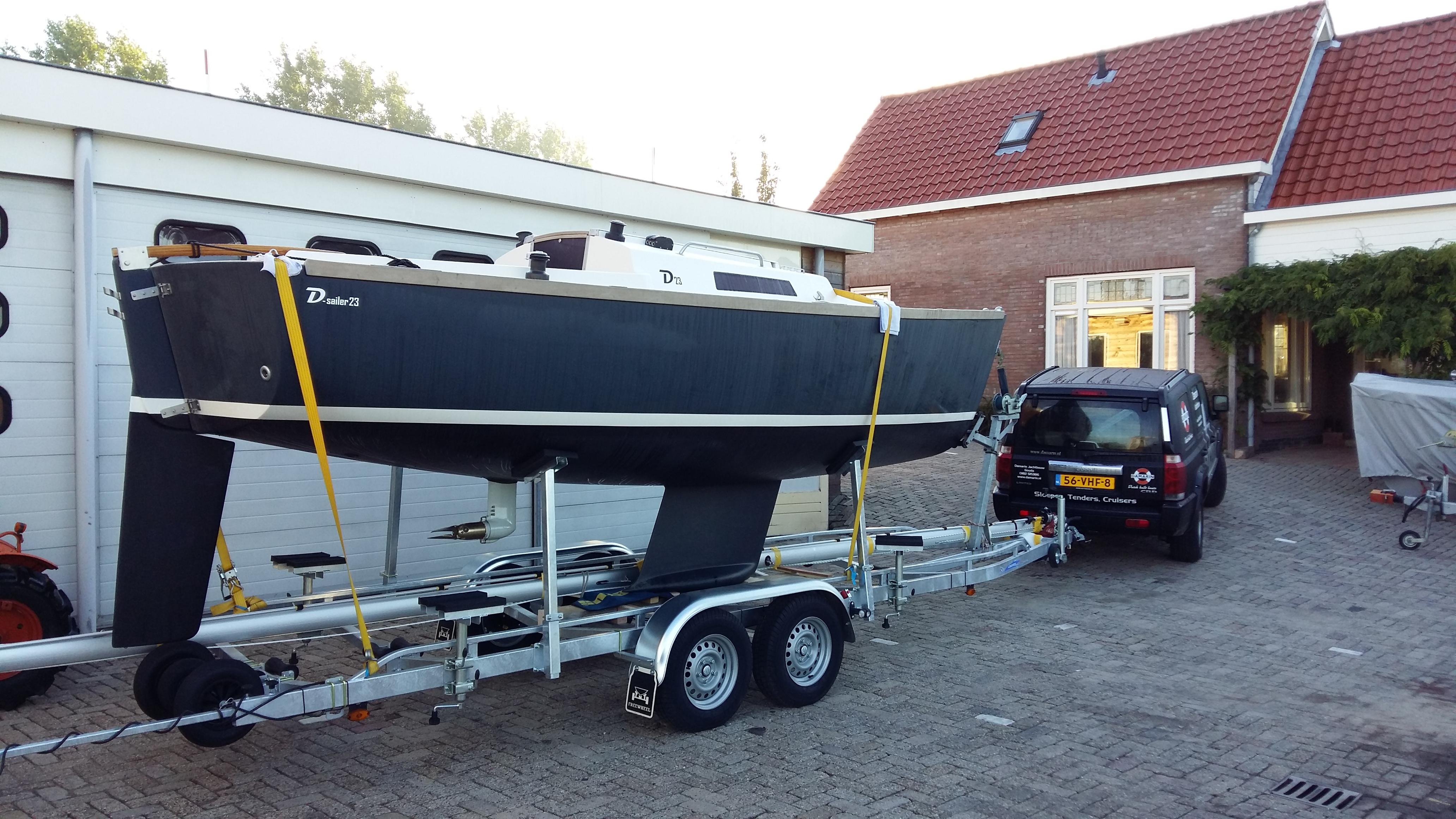 D23-op-trailer